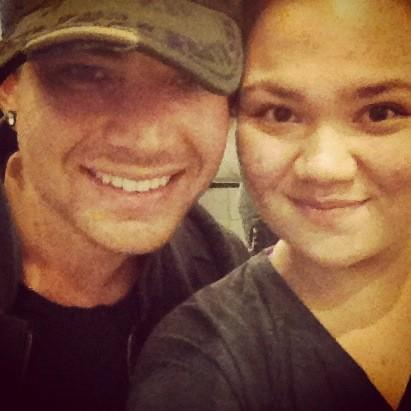Jasmine Elenore 24mNice bumping into you @adamlambert. Have a safe flight. :) pic.twitter.com/LDITaB1F