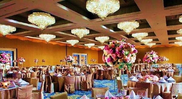 @INDOGLAM: Grand ballroom - The Mulia Bali Hotel Beautiful!