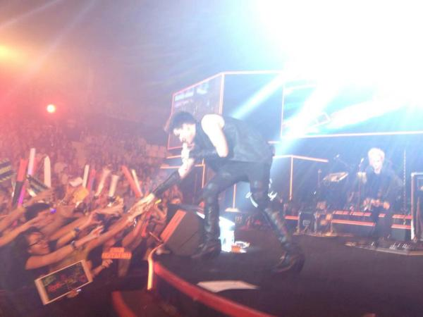 Via Adam Lambert Fan Club Vietnam on Facebook