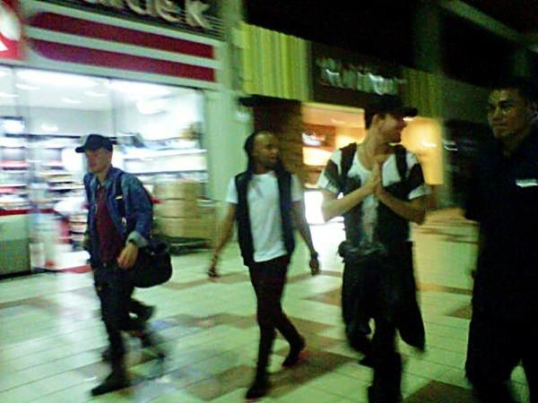@mangayuu: Sauli, Terrance, Adam!!! (Left to right) http://pic.twitter.com/8XYdIL50