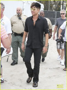 adam-lambert-miami-beach-gay-pride-parade-performer-01
