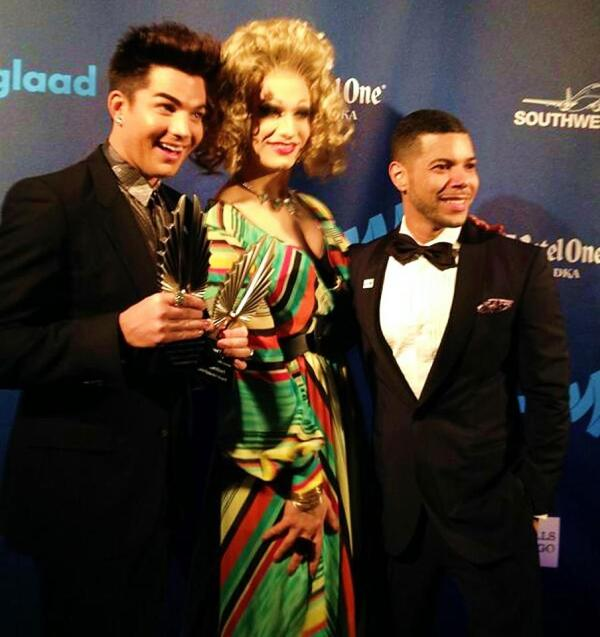 by @Glaad's @richferraro: Backstage at #GLAADAwards with @adamlambert @jinkxmonsoon @wcruz73
