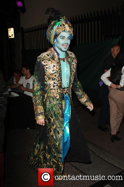 adam-lambert-halloweenie-2013-benefiting-gay-mens_3923383