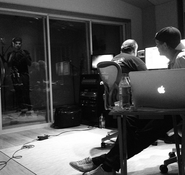 @Avicii_News_ : AVICII PIC: Picture of @Avicii and @adamlambert hitting the studio a few months ago. Cant wait to hear more songs! pic.twitter.com/SobtcEYUE7