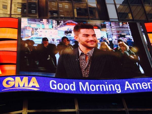 @lisaharrington4: Adam!!! #AdamOnGMA pic.twitter.com/SzAHWstCCI