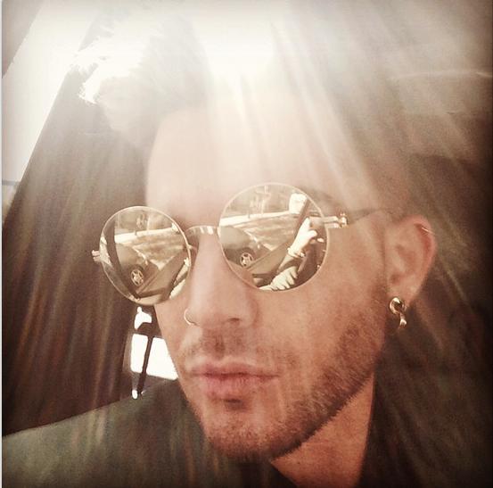@adamlambert: En Route http://instagram.com/p/neJrcpuNML/