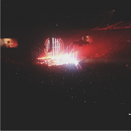 carolyngurstein:  The Forum. queen with adam lambert is probably one of the best things i have ever seen.