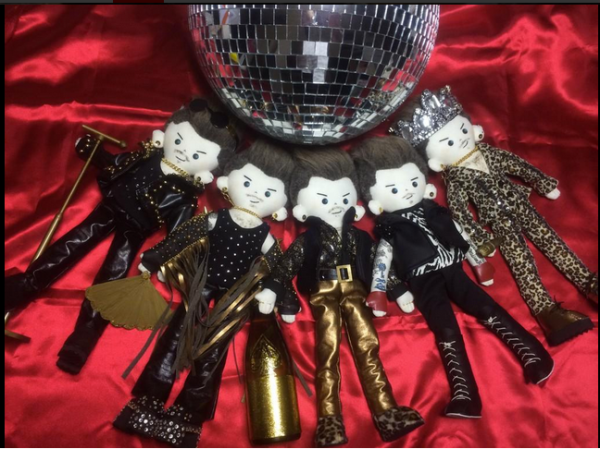 @kardamdoll: @adamlambert @stylistjenrade @DrBrianMay @OfficialRMT I made these Adam Dolls!! #COMPLETE #QAL pic.twitter.com/eE9bYqQ1xC