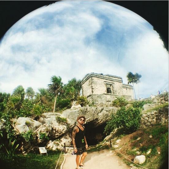 @adamlambert  ·  Tulum Mayan Ruins. Breathtaking. http://instagram.com/p/xCsVK-uNFY/