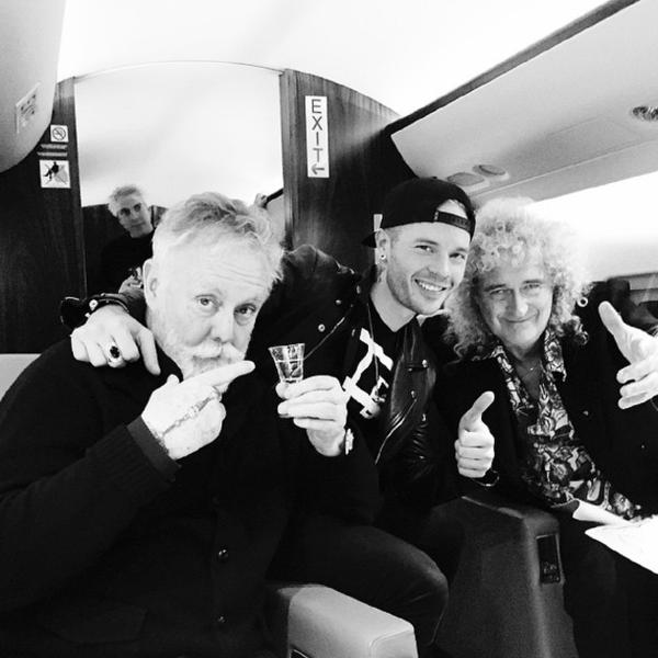 From Sauli's IG, celebrating on Queen's private jet!