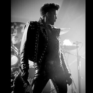 OUT_adam-lambert-ig_0