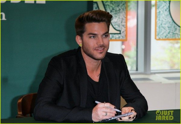 adam-lambert-does-epic-kermit-the-frog-impersonation-13