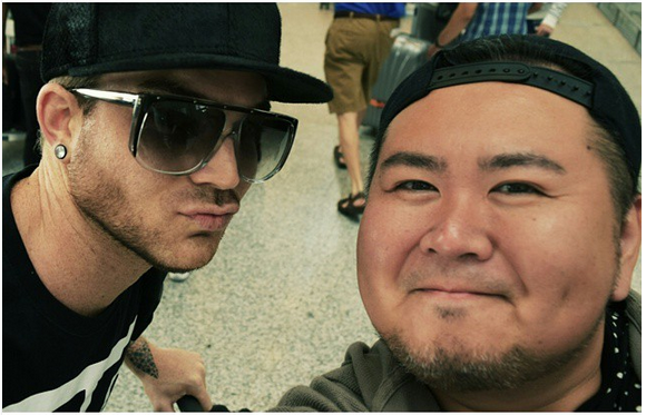 mrwillwongKissyfaces with #AdamLambert. In town for the #MMVA. #Glambert #TheOriginalHigh #MMVAs #MuchMusic #MuchMusicVideoAwards