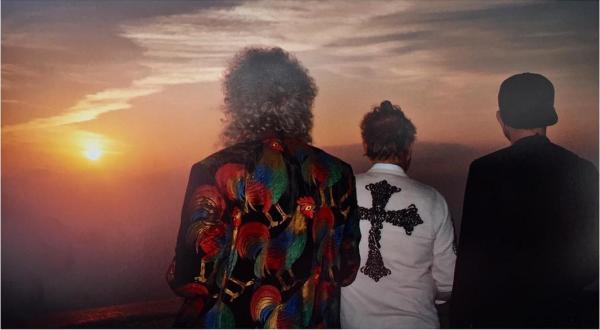 tigerlily_taylor: Sunrise at the Christ @adamlambert 🌇🇧🇷