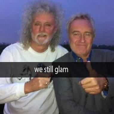 WeStillGlam